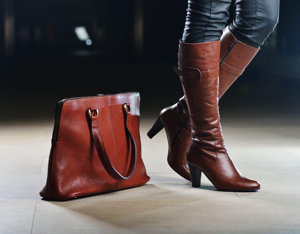 1576d6312719ff Galanteria skórzana torebki ze skóry naturalnej torby ze skóry naturalnej  lakierowanej